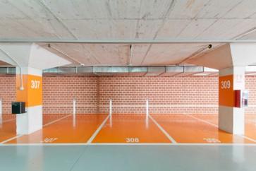 Marl's Supercoat PU350 Mid Class Polyurethane Floor Paint